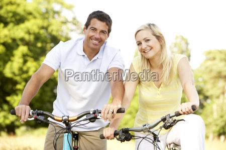 bicicletas da equitacao dos pares no